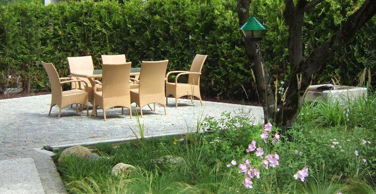 gartengestaltung gartenanlage aussenanlage naturstein rund ums haus frankenmarkt wagrain. Black Bedroom Furniture Sets. Home Design Ideas